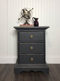 black wooden 3-drawer chest Centreville, 20120