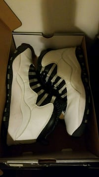 pair of white Air Jordan 10's with box Silver Spring, 20905
