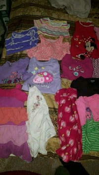Girls clothes size 18-24 months  46 km