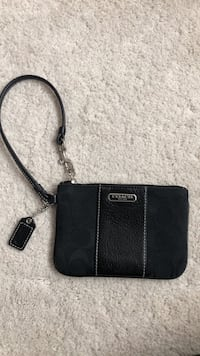 Authentic Coach Black Wristlet Hercules, 94547