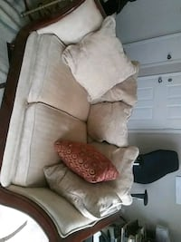 2 set of living room chairs Woodbridge, 22192