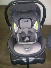 brand new baby carseat with base