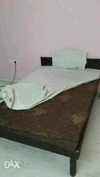 white and brown bed set Gurugram, 122001