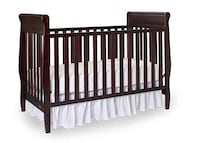 Graco Sarah Crib - 4 in 1 Convertible Crib $125 firm 39 km