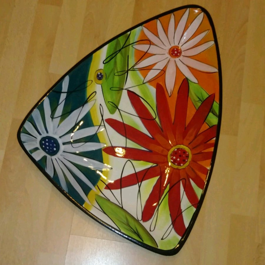 PREOWNED: LARGE hand painted serving plate / decor