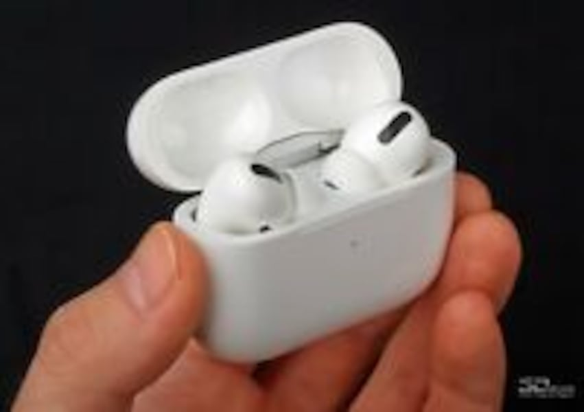 Genuine Apple AirPods Pro with White Wireless Charging Case 041d1986-c74c-40b2-88f7-5661335536ea