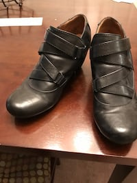 pair of black leather shoes Boise, 83713