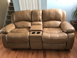 Recliner love seat w/console