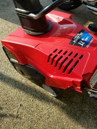 red and black ride on mower Reston, 20190