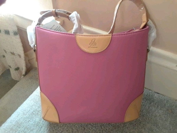 a545dbf96d7b Used Joy mangano's designer drop bag for sale in Rome - letgo