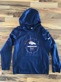 Youth large Nike hoodie  Grand Junction, 81504