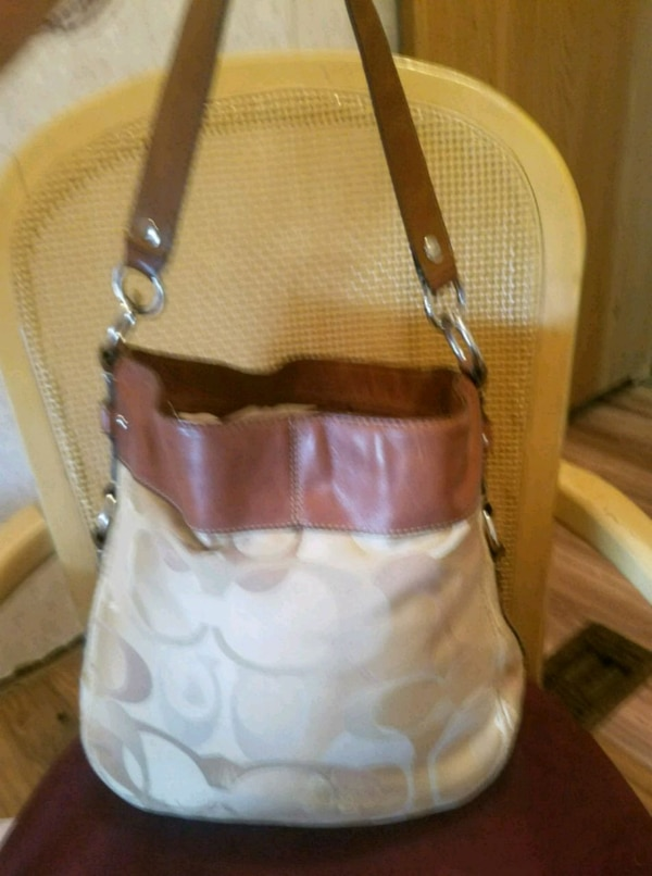 59a7afcf3fc1 Used Used Coach Bag for sale in Myrtle Beach - letgo