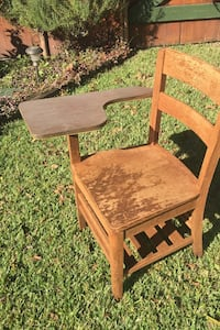 Mid size school desk all wood in good shape  Metairie, 70005