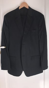 Suit H& M brand new Oslo, 0366