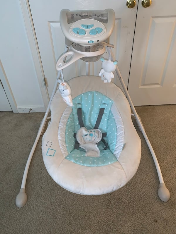 Baby Swing (Ingenuity Brand) 28d2a07a-2541-450e-becb-4fc9e5a27278