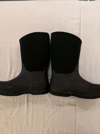 Kids size 13 boots