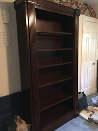 Real dark wood sturdy bookcase Alexandria, 22304