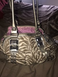 Authentic Kathy Van Zeeland purse. Comes from a smoke free environment Victorville, 92392