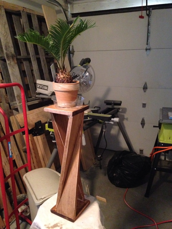 Twisted vase table or plant table