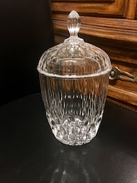 Clear crystal candy jar Vancouver, V5R 6G3