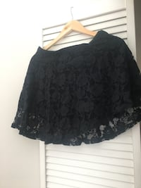 Abercrombie black lace mini skirt Vancouver, V6J 1R7