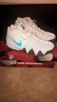 Kyrie 4 (GS) Bloomfield Hills, 48302