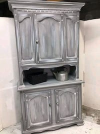 Hutch pantry cabinet