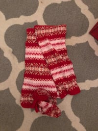 American Eagle scarf and matching mitts Whitby, L1N 1C6