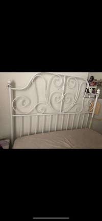 White full metal bed frame Woodbridge, 22192