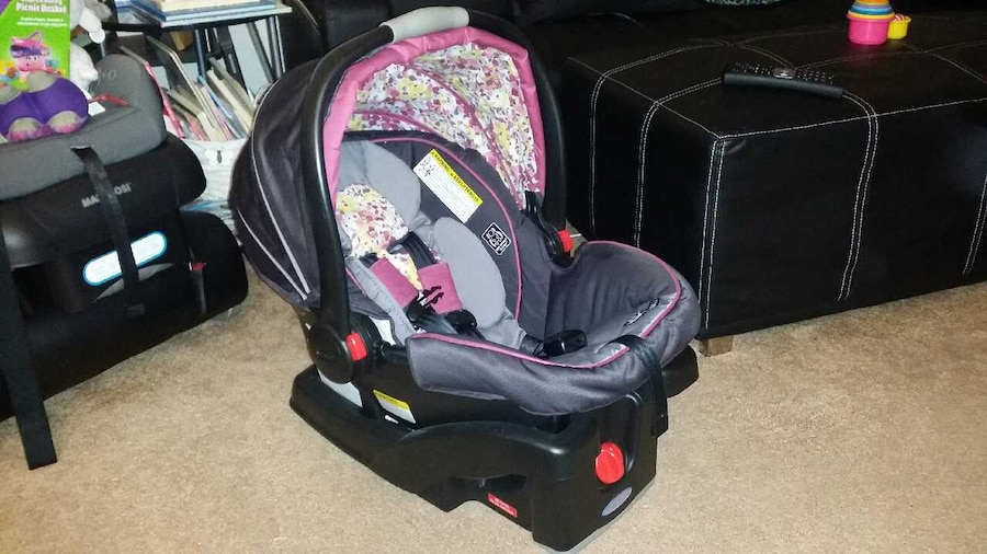 used graco click connect car seat and stroller in san francisco. Black Bedroom Furniture Sets. Home Design Ideas