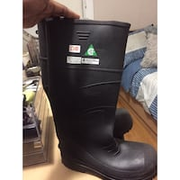 Black CSA approved steel work boots Toronto, M4P 2J1