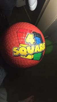 4 Square Ball - needs a little air Los Angeles, 90011
