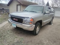 GMC - Yukon XL - 2001 Saint Paul