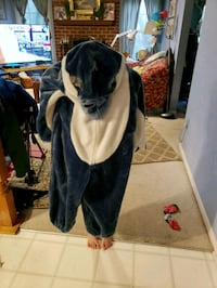 Dolphin Halloween costume size 6-7 21 km