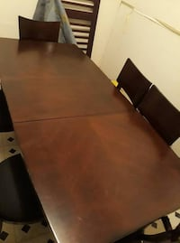 Hardwood dining set for 6 with extension null