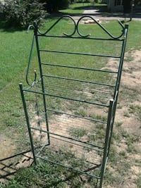 Baker' s rack metal shelves Northport, 35476