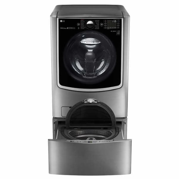LG Signature 9.0 cu. ft. Smart Electric Dryer with Turbo Steam and WiFi Enabled in Black Stainless Steel