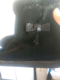Brand new boots size 5
