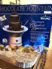 Chocolate fountain 50 km