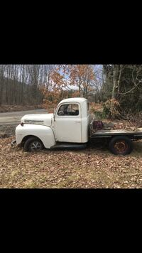 1949 Ford F-1 Millstone Township