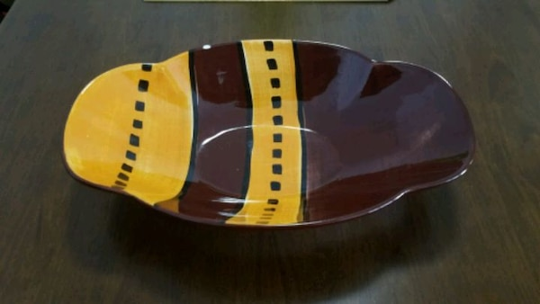 Used 1970s Laurie Gates Los Angeles Pottery Vintage For Sale In Los
