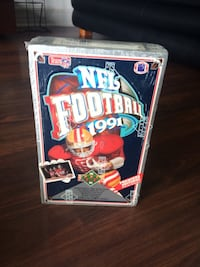 1991 Upper deck football premier edition cards SEALED Toronto, M4G