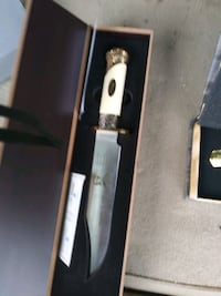 Two collectors edition knives
