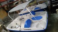 white and blue Intex inflatable boat Houston, 77099