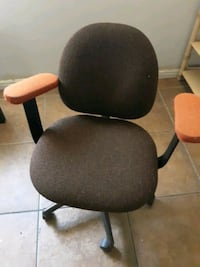 Chair rolly