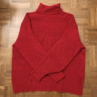 Red Hm turtle neck sweater Toronto, M4S 1G4