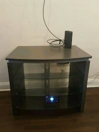 Tv stand East Dundee, 60118