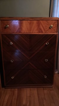 Brown wooden 6-drawer chest