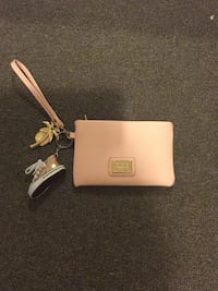 Baby pink hand bag from Collett Kelston, 0602