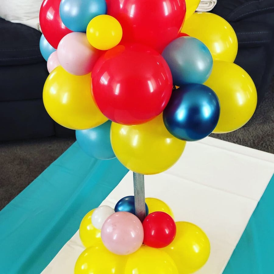 Topiary Balloon Centerpiece w/Accents